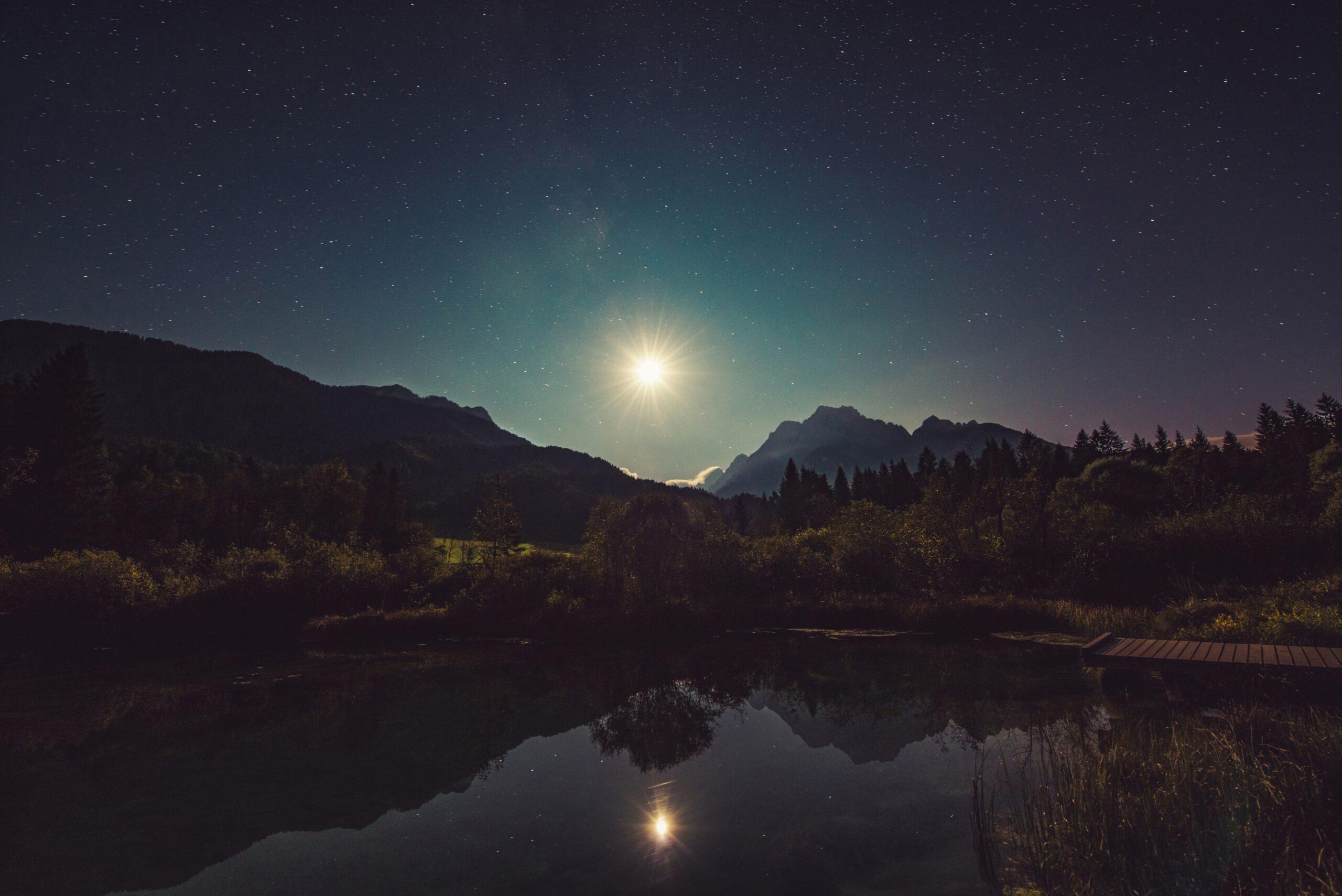 moonshine-960797